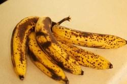 Sabes o que acontece ao teu corpo quando comes bananas muito maduras? Nem imaginas!