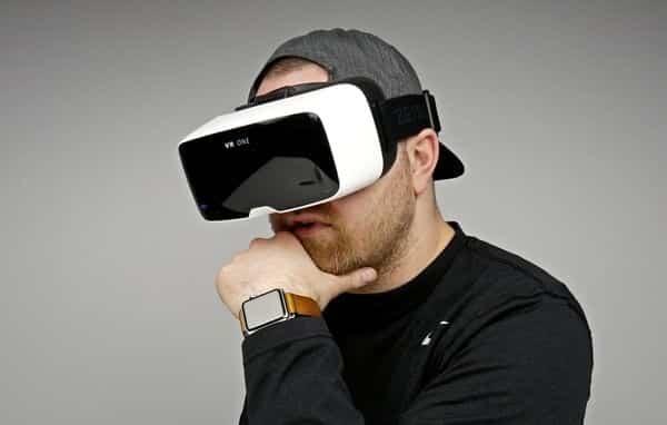 الواقع الافتراضي يستخدم في علاج الصدمات النفسية