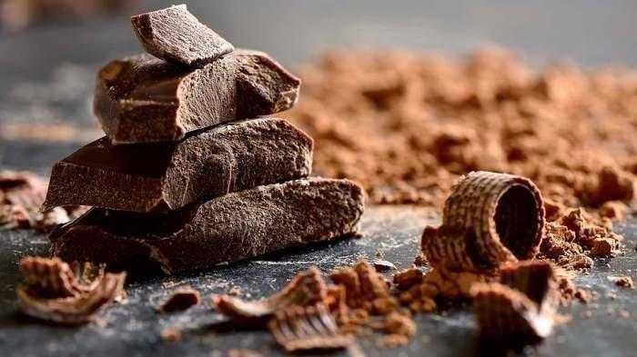 دراسة الشوكولاته الداكنة و زيت الزيتون يسهمان في تقليل مخاطر الإصابة بأمراض القلب والأوعية الدموية