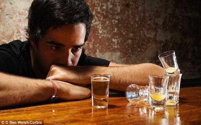 دراسة جديدة تكشف ارتباط تعاطي الكحوليات بالإصابة بالأورام السرطانية