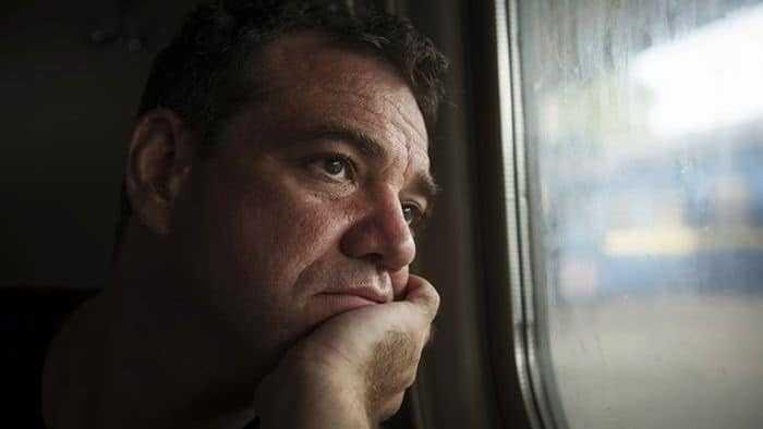 التعرض لفترات طويلة من الاكتئاب يؤثر على تركيب الدماغ