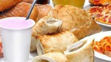 دراسة: تناول الأغذية فائقة المعالجة يقودك نحو زيادة الوزن