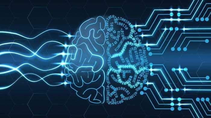 أول آلة لتوصيل المخ البشري بالحاسوب