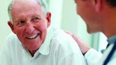 التمارين الرياضية تُحسن المزاج لدى كبار السن الذين يتلقون العلاج الكيميائي