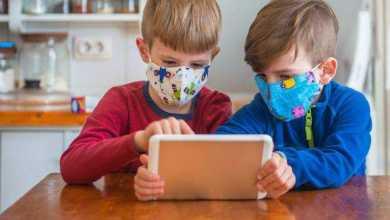 الأطفال المصابين بفيروس كورونا