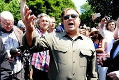 American radio host and conspiracy theorist Alex Jones met with the media outside the conference