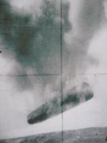 Submarine USS Trepang UFO photo - cigar-shape UFO in distress