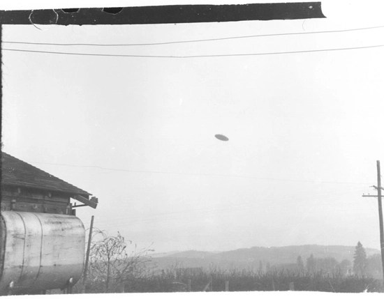 The McMinnville UFO photograph taken at Paul and Evelyn Trent's farmhouse in McMinnville, Oregon