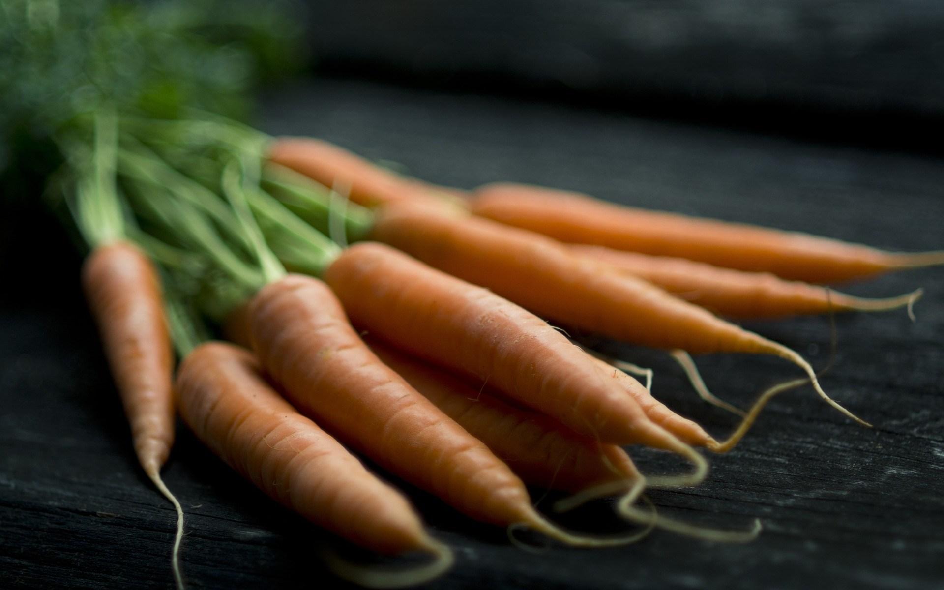 Hemodlade morötter smakar bäst - Så kan du minska soporna när du handlar mat - Alternativa Höga kusten