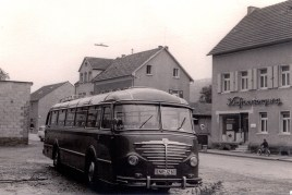 Zöller's Busreisen um 1956 Dieser Büssing mit Seib-Aufbau hatte incl. Klappsitze ca. 50 Sitzplätze