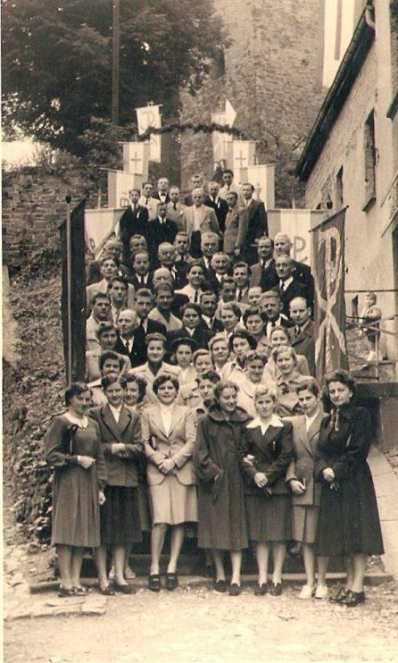 Bitte recht freundlich! - Gruppenbild zum 175-jährigen Stiftungsfestes (1952)