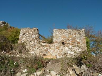 Altiplus, Club randonnée dans la 06, 29 octobre 2016 : le Gramondo;ruine abandonner sous le Point de la penna