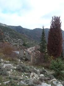 Altiplus , club randonnée dans le 06, 11 décembre 2016 : Le Mont Saint Michel et le circuit des crèches de Luceram, Granges de Cuous