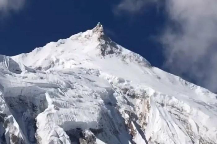 Succès au sommet du Manaslu (8.163m) ce matin à 6h10 !