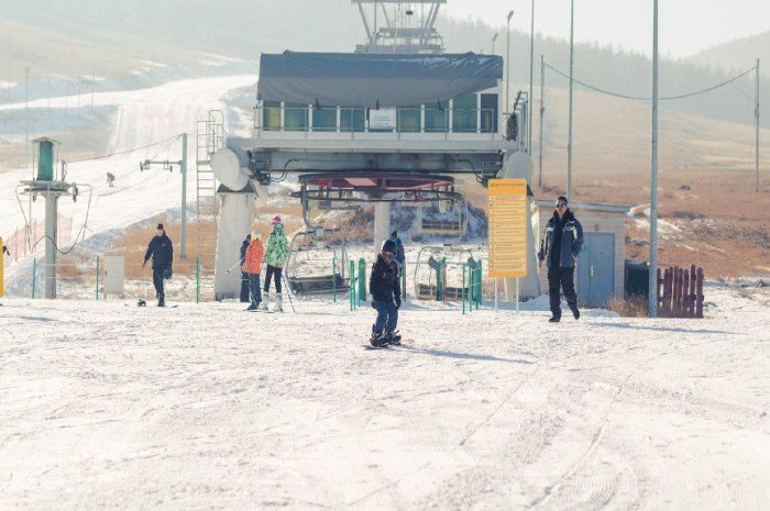 Skier par -40°C dans la seule station de Mongolie !