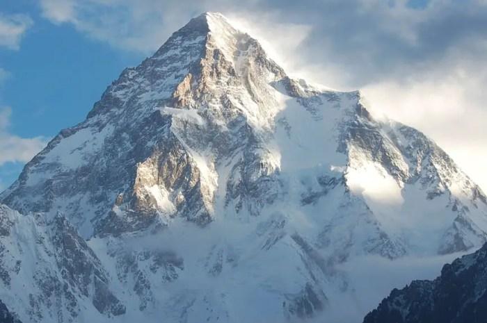 Des images incroyables filmées au sommet du K2 en hiver !