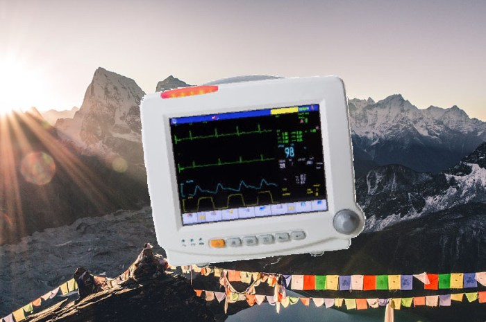 La télémédecine au service de la sécurité des alpinistes de l'Everest !