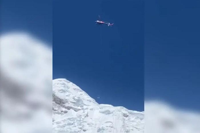 Everest : un sherpa blessé sur le glacier du Khumbu, il est évacué !