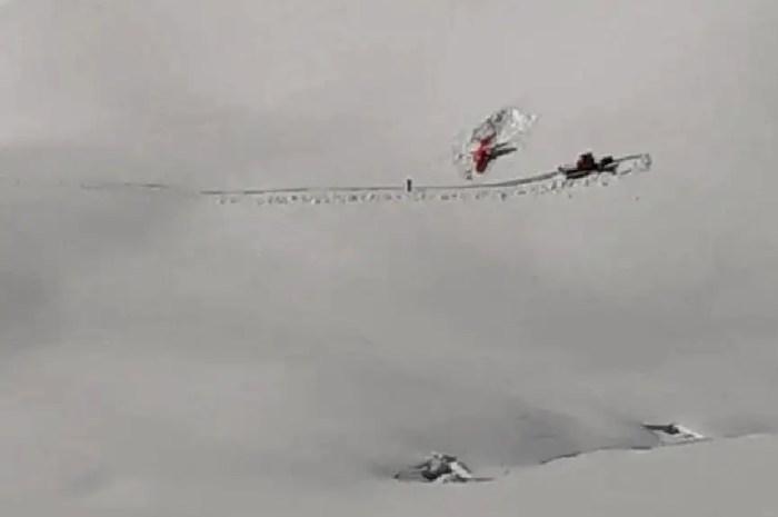 Crash d'un avion de chasse dans les Alpes suisses : le pilote est indemne !