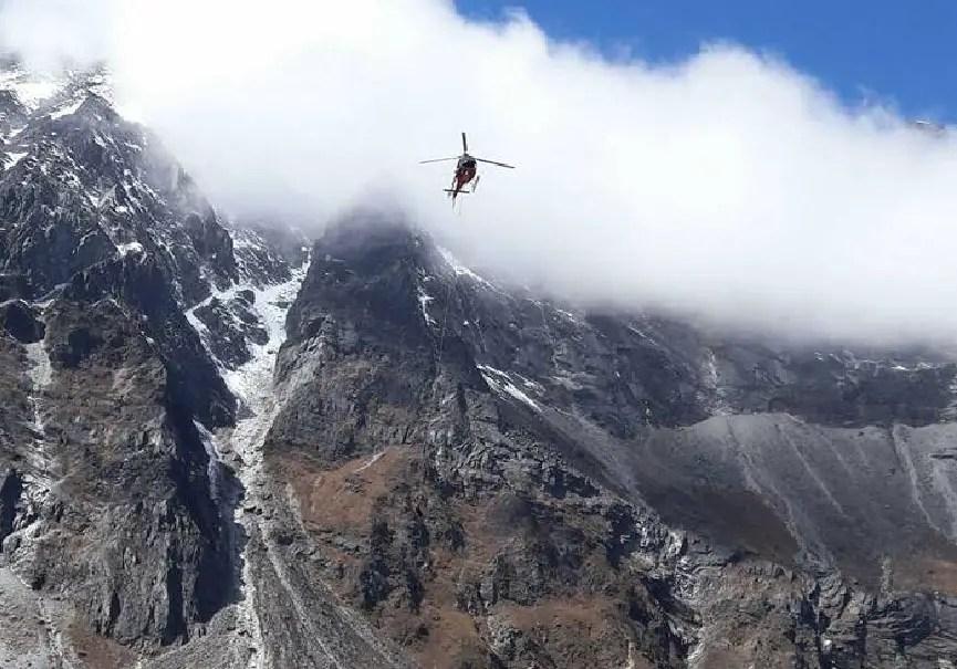 hélicoptère everest repos