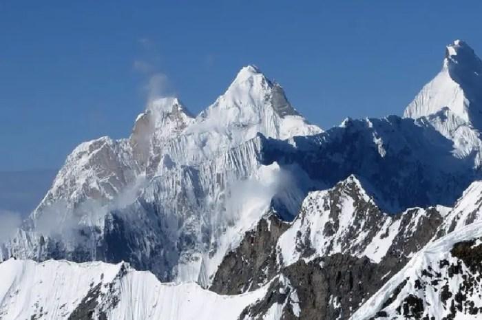 Ralf Dujmovits et Nancy Hansen en route pour un sommet vierge du Karakoram !