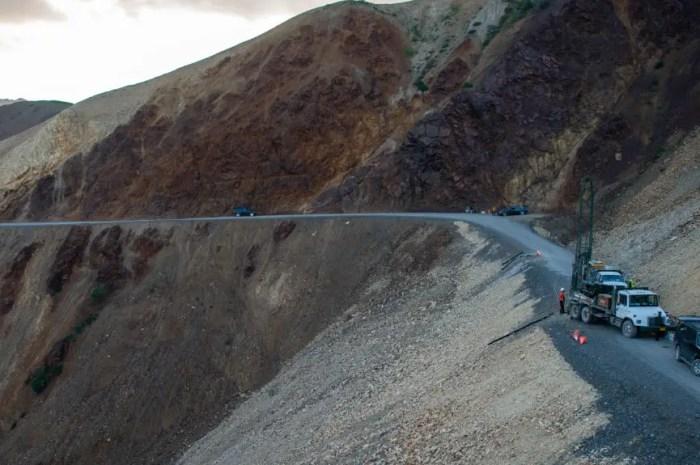 Le réchauffement climatique menace d'emporter une route sur les pentes du Denali