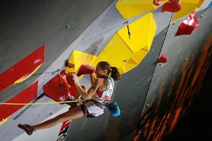 Laura Rogora est la plus forte : première femme à répèter une voie 9b/+ !