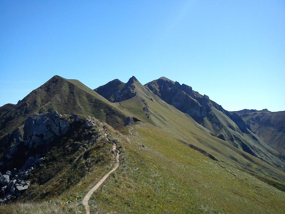 Les Volcans DAuvergne Du Puy De Sancy Au Puy De Dme