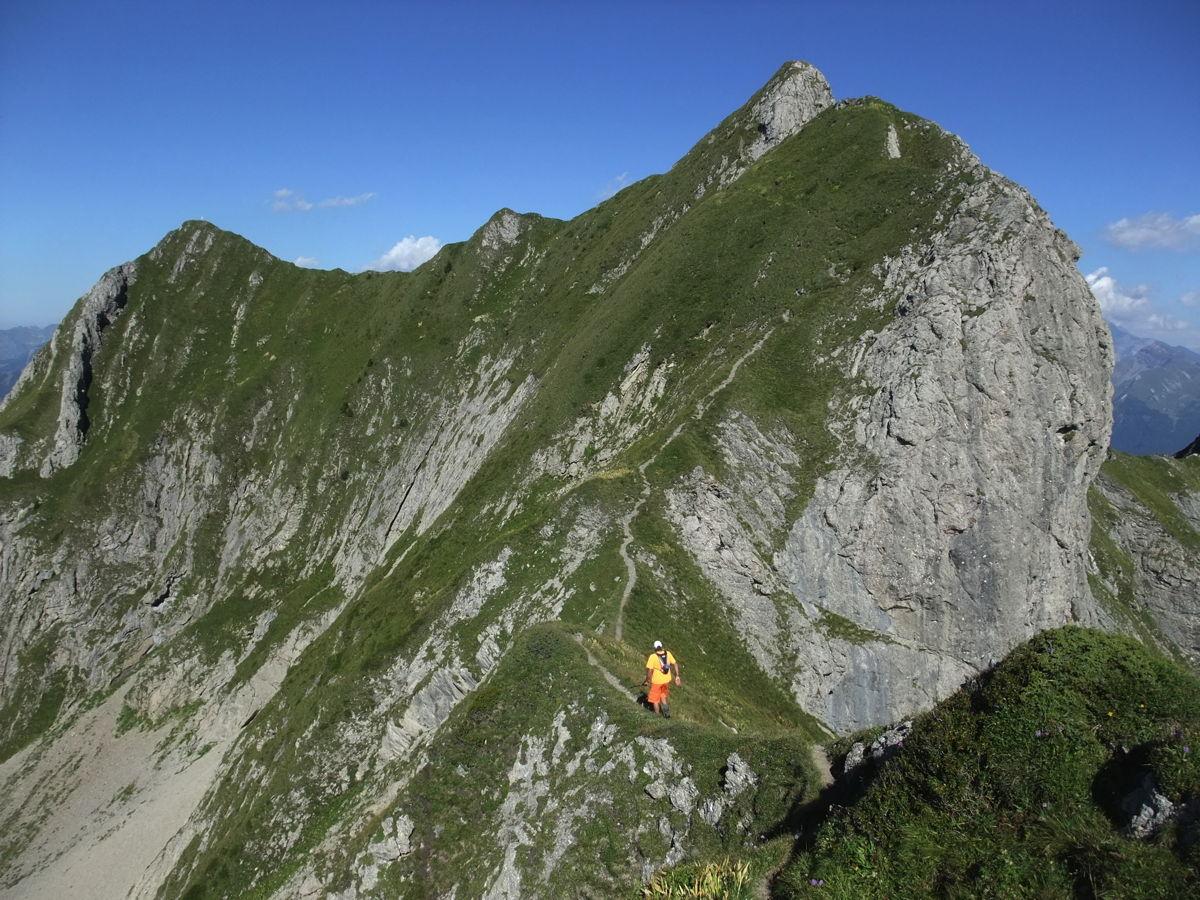 Roc d'Enfer, 2243 m