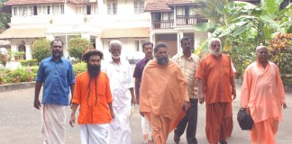 Rape accused Ganeshananda Theerthapada Swami (fifth from left), along with Kerala BJP Chief Kummanam Rajsekharan (third from left) going to visit the then Kerala CMin 2010, as part of a Hindu Aikya Vedi delegation.