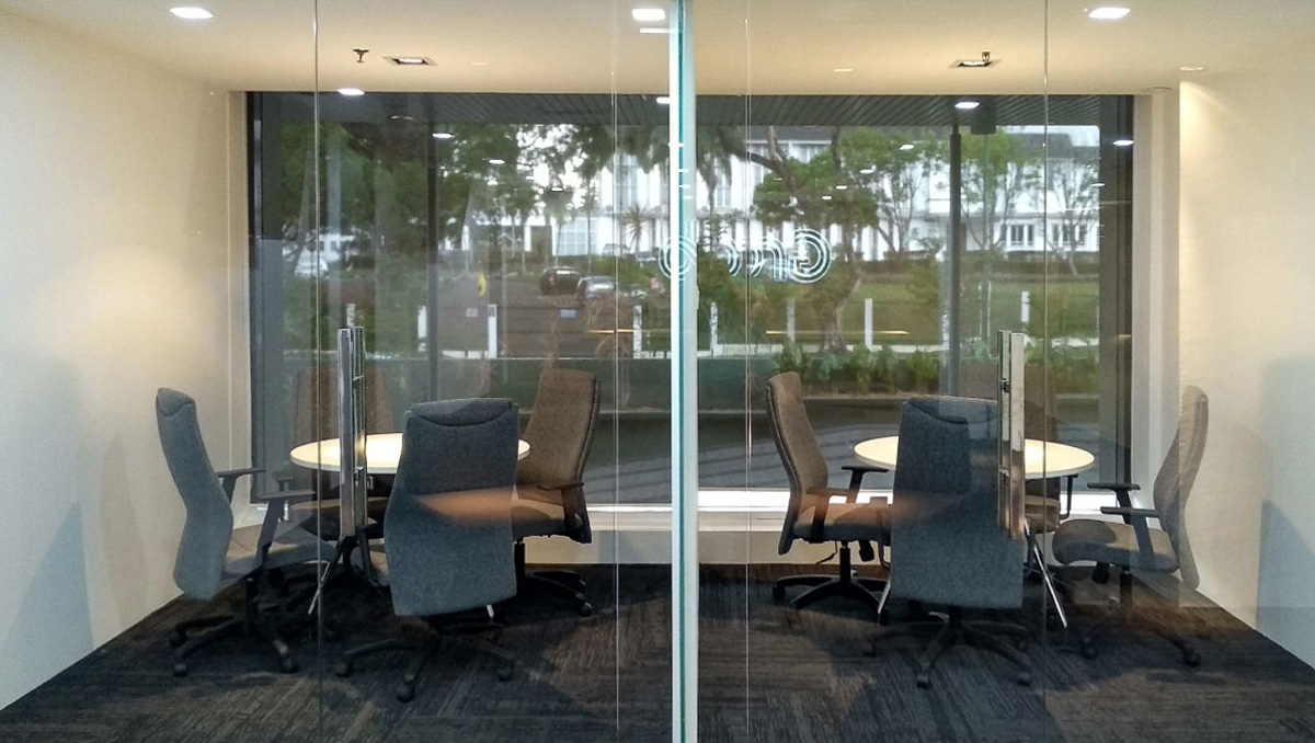 Discussion Room with Clear Glass Panel Installation