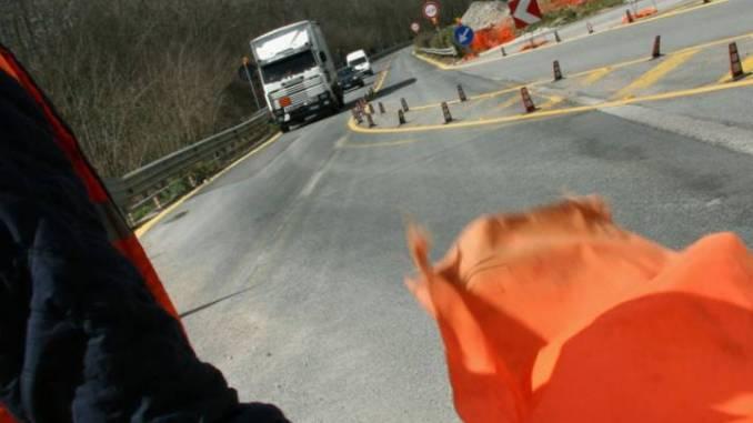 Lavori SS318 di Valfabbrica, innesto E45 Perugia, dal 30 settembre