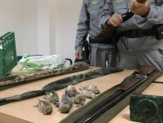 Tre bracconieri denunciati a Gualdo Tadino, cacciavano avifauna protetta