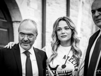 Laura Chiatti l'attrice umbra al palio del Quartieri di Nocera Umbra