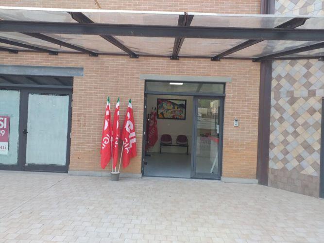 Gubbio: la Cgil trasloca nella nuova sede in via Leonardo Da Vinci