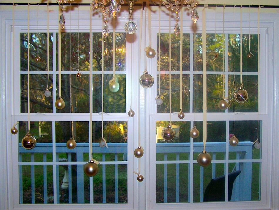 Decorating Inside Windows For Christmas Wwwindiepediaorg