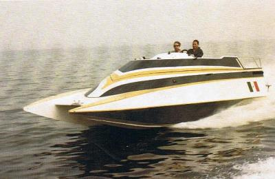 Arcidiavolo II trasformata in barca da diporto