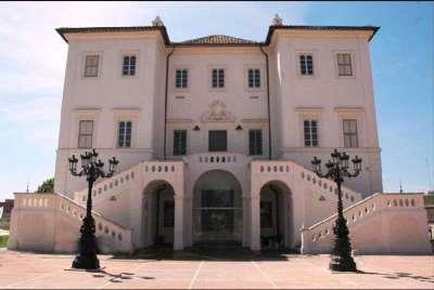 Villa Sarsina, Anzio