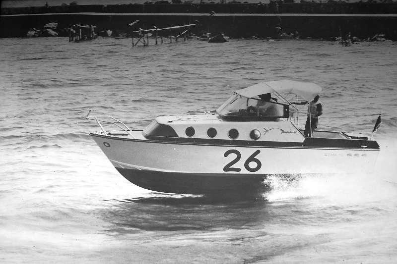 X-1 Elica d'oro in navigazione