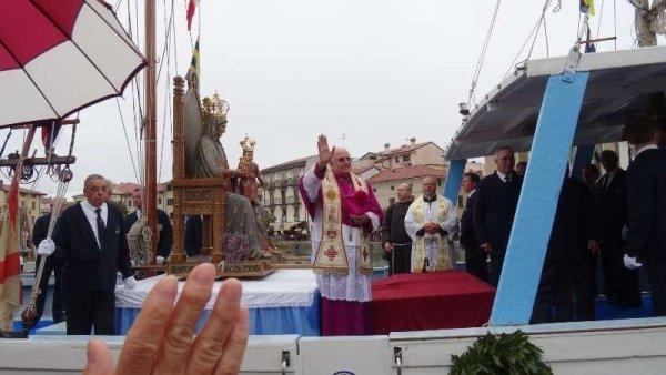 Madonna-Grado-navigazione-peschereccio-ammiraglio-processione