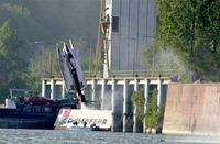 f1-crash-nautica-3