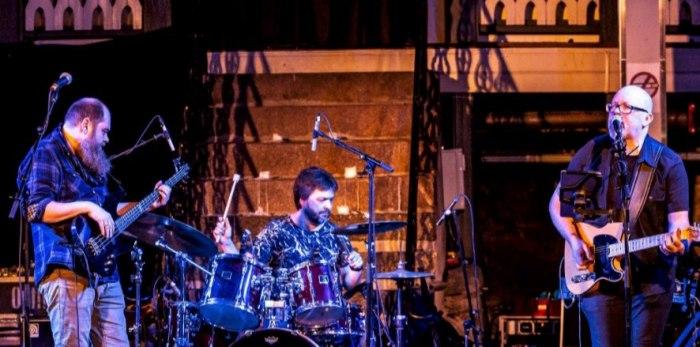 Ove Torkildsen Trio spiller på Rockers