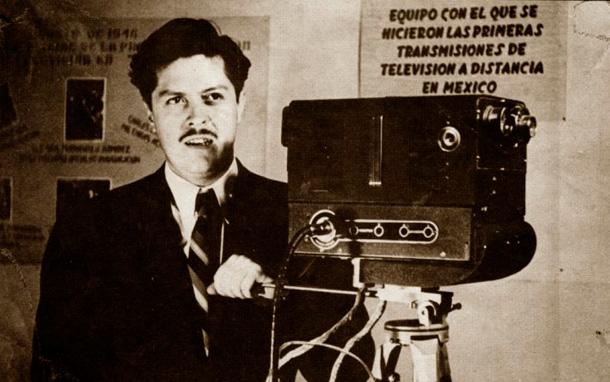 Gonzalez Camarena, líderes mexicano