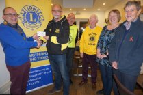 Alton Runners Reward to Alton Lions Supports Local Community