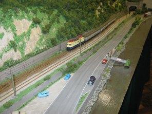 Eurobahn Zwei, Swiss/German, HO Scale