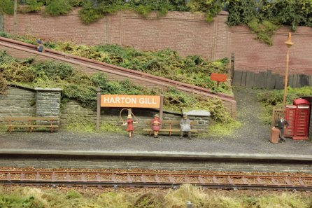 'Harton Gill' station