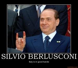 """Berlusconi e l'escamotage per """"scansare"""" il referendum"""