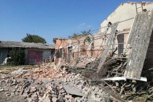 Edifici di S. Secondo Parmense colpiti da tromba d'aria (12/7/2017)