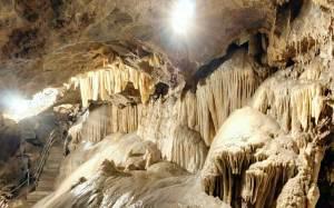 Allinterno-della-Grotta