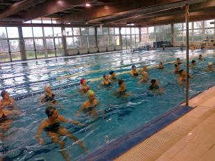 Un corso alla piscina comunale
